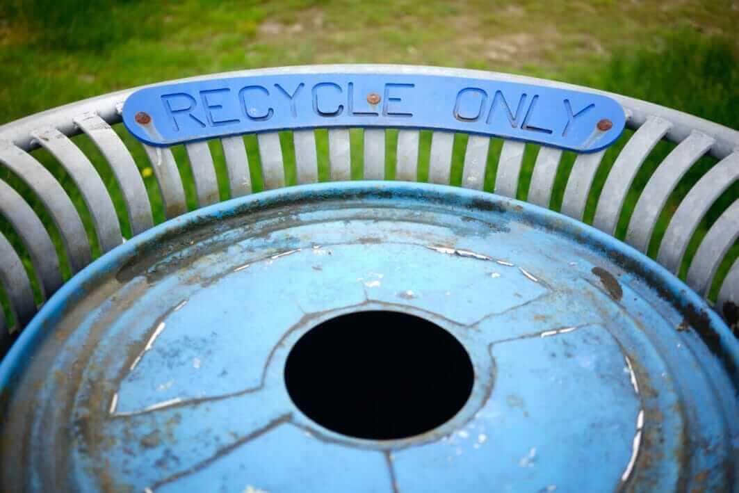 recycling bin photo