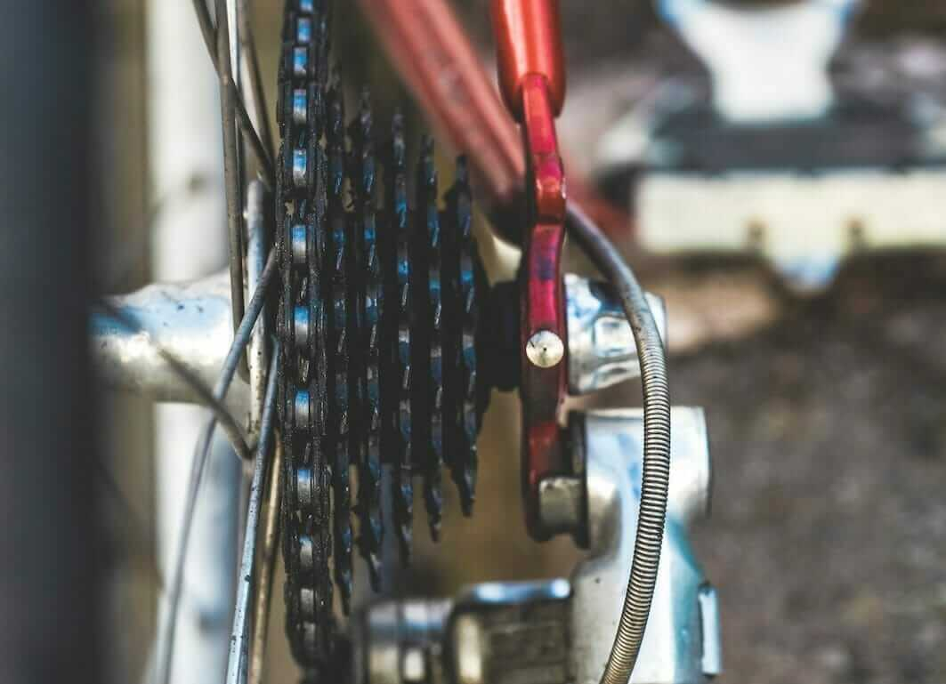 bicycle cassette and chain